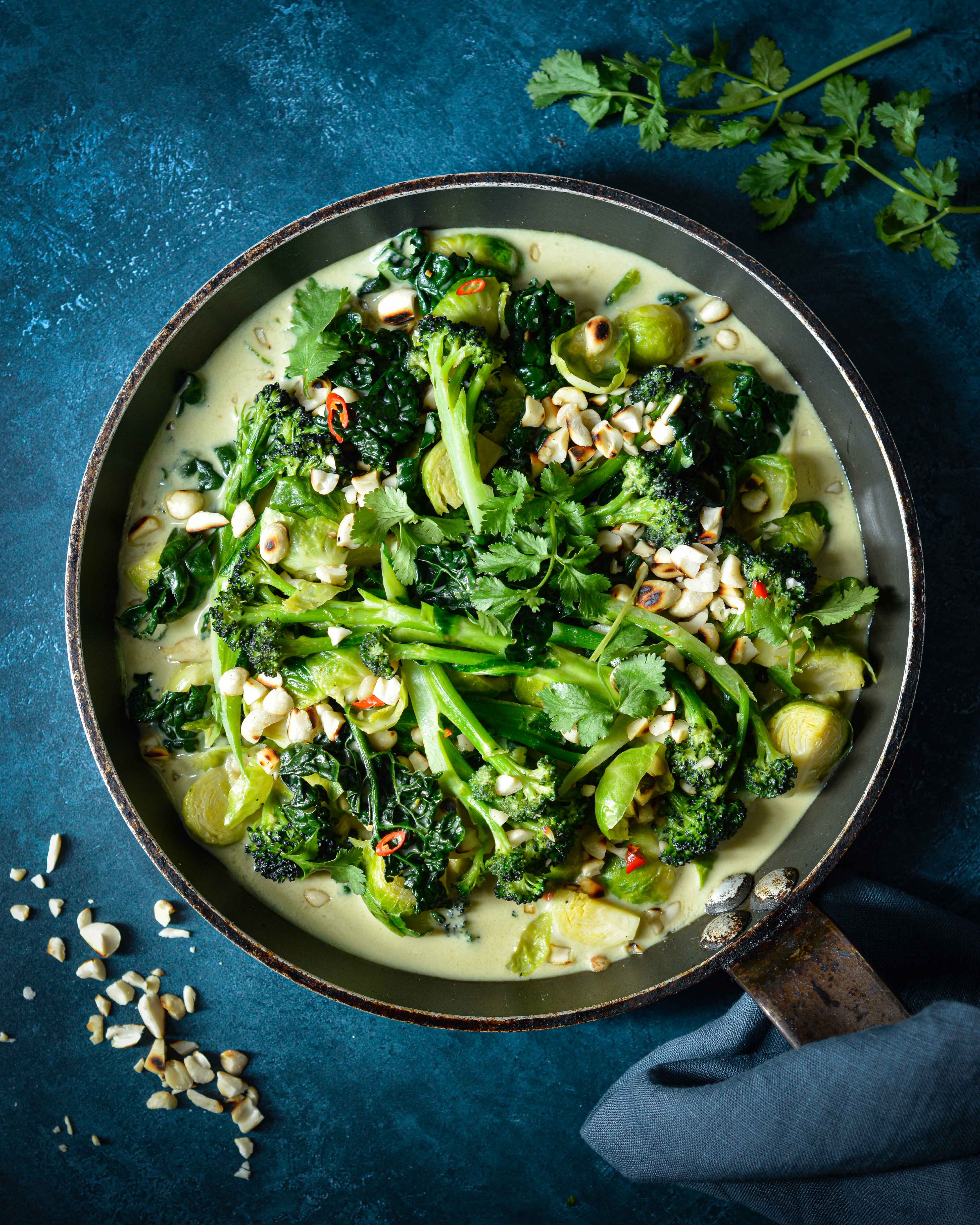 Vegan Thai Green Curry recipe - so easy and quick!