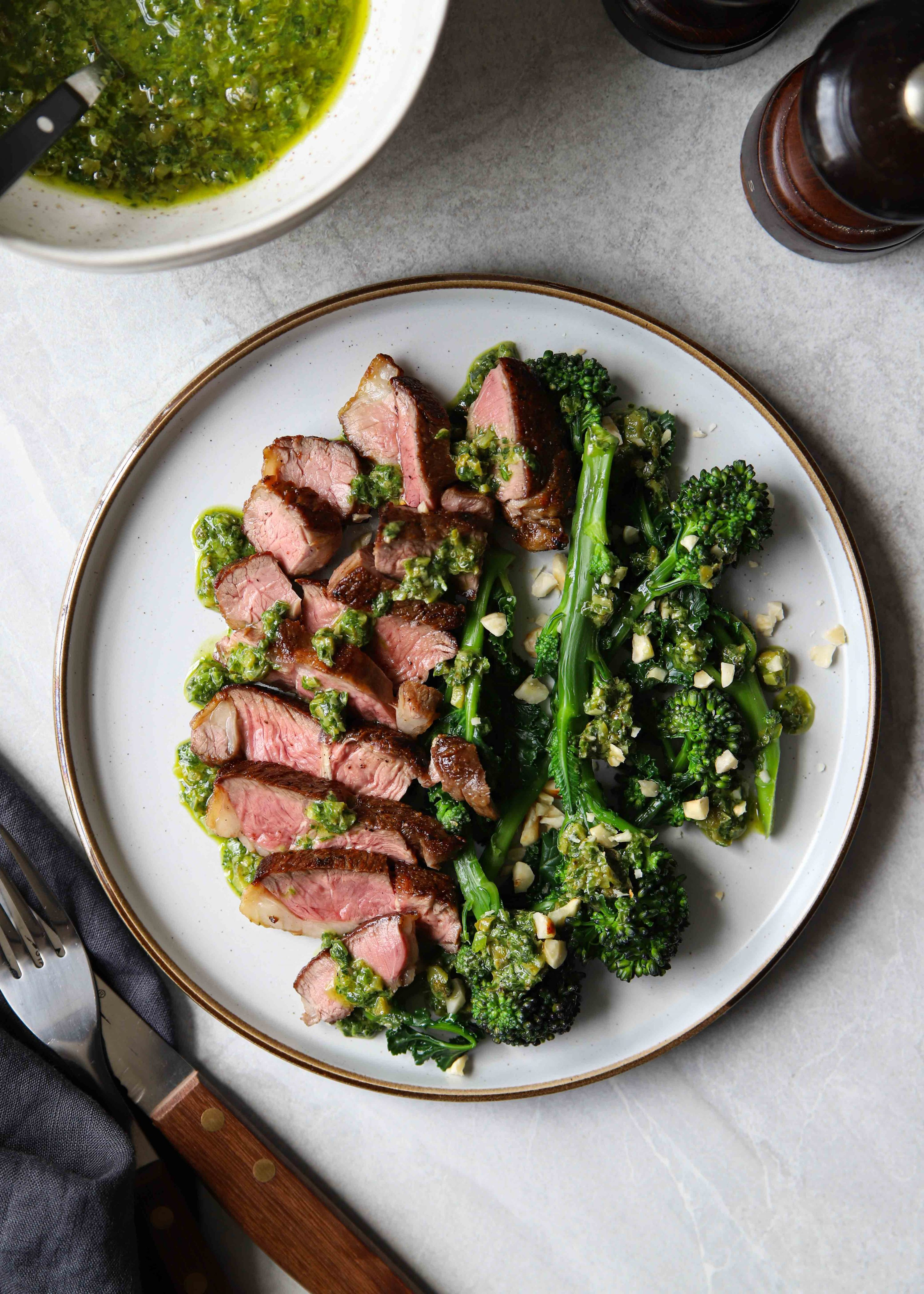 Lamb with salsa verde - That's how to cook a lamb rump steak!