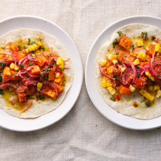 This is the perfect healthy tacos recipe! Healthy lettuce tacos that are loaded with black beans & roasted asparagus. Keto friendly Mexican.