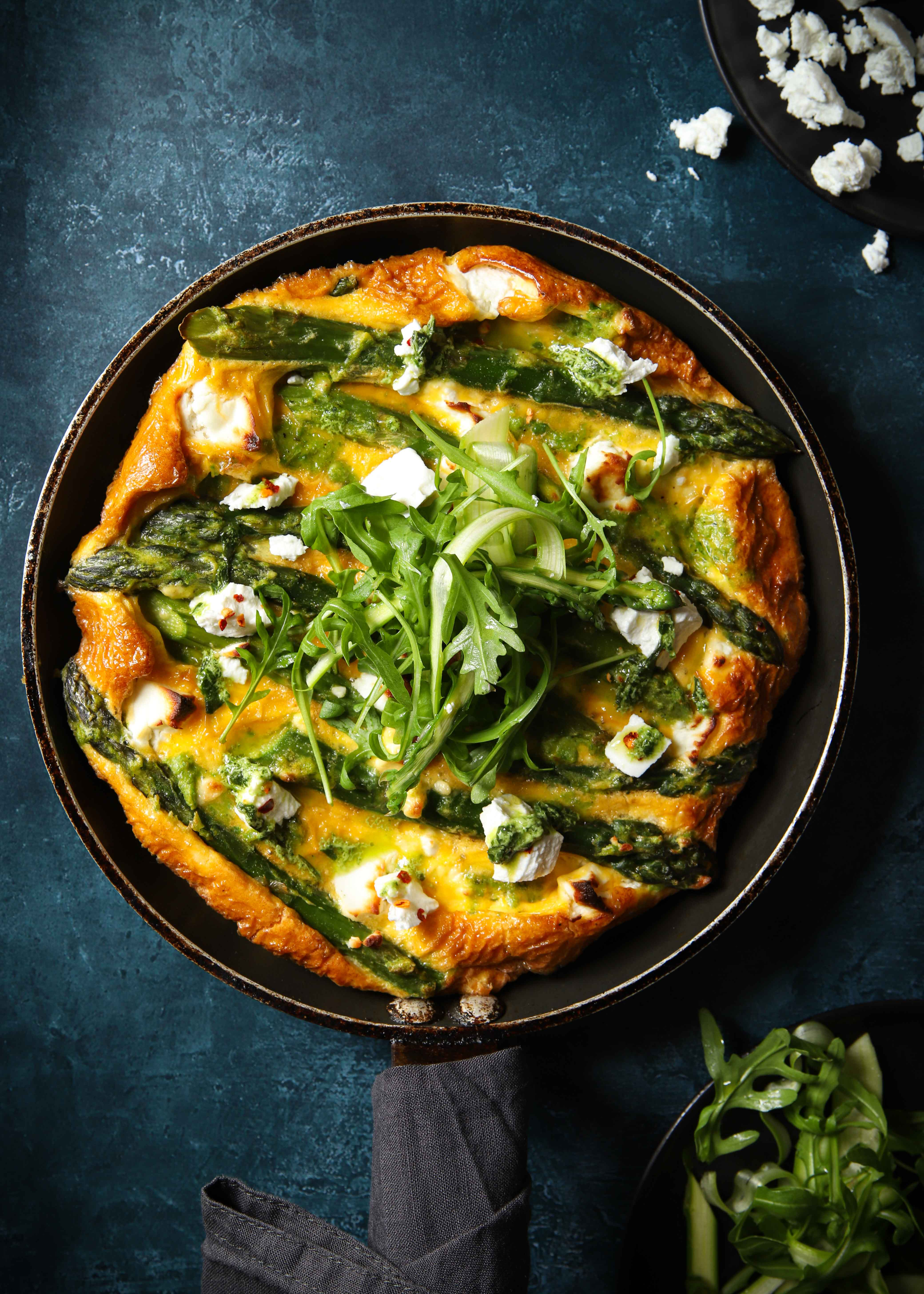 The perfect keto frittata packed with asparagus and goats cheese. Slow carb recipes